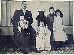 "1 Nëntor 1928, Said Toptani boton ""Gazeta e Tiranës"""