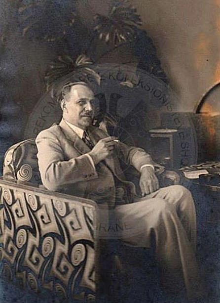 "12th October 1937 was prohibited ""Sazani""  newspaper"