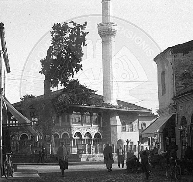 "16th October, 1937, the opening of  ""Rozafati"" movie house"