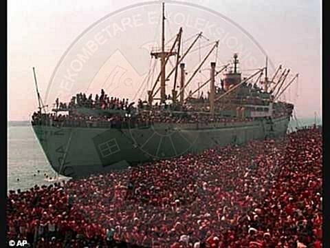 14 Nëntor 1997, ceremonia mortore e tragjedisë së Otrantos