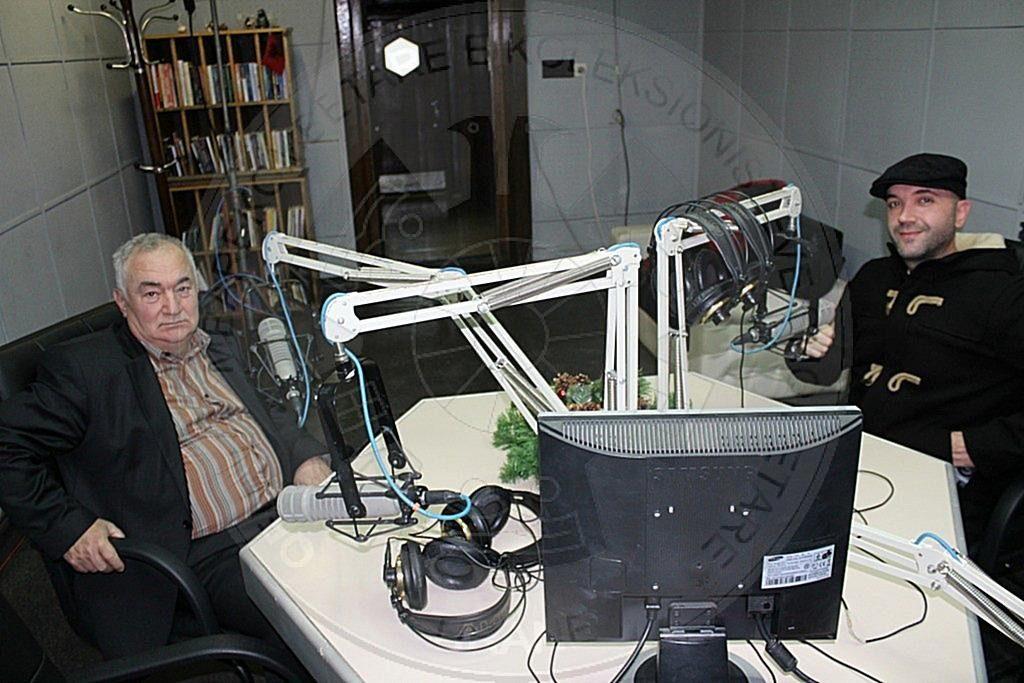 Aktiviteti i QMKSH përcillet për dëgjuesit në mikrofonin e Radio-Tiranës