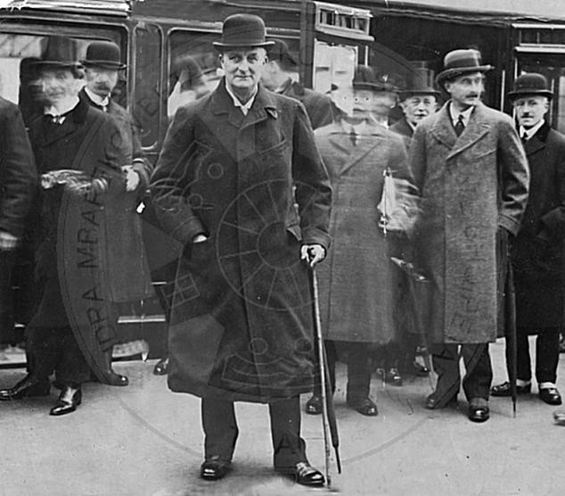 10 December 1912, was held the Conference of Ambassadors in London