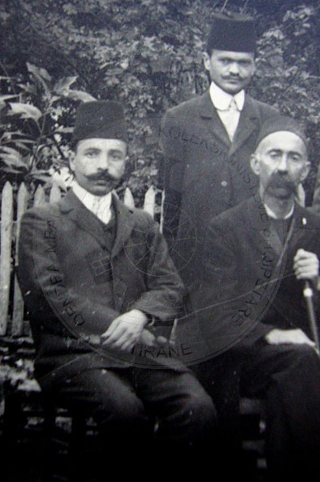 9 Dhjetor 1936, u shua Hajdar Blloshmi, përkthyes i Sulltanit e luftëtar i Isa Boletinit