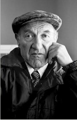 6 January 1933, was born the poet Dhori Qiriazi