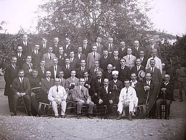 February 1st, 1920 officially started the work, the government of the Congress of Lushnja