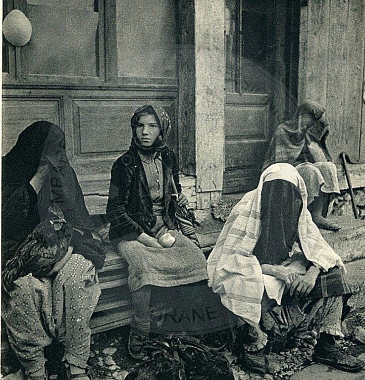 """6 Mars 1937, Parlamenti shqiptar miratoi ligjin """"Mbi ndalimin e mbulimit të fytyrës"""""""