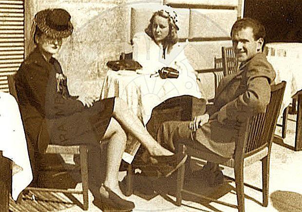 6 Mars 1922, lindi Qemal Draçini, gazetar e pedagog