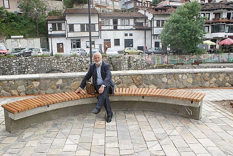 8 Shkurt 1952, lindi në Kaçanik gazetari e publicisti Sabit Jaha