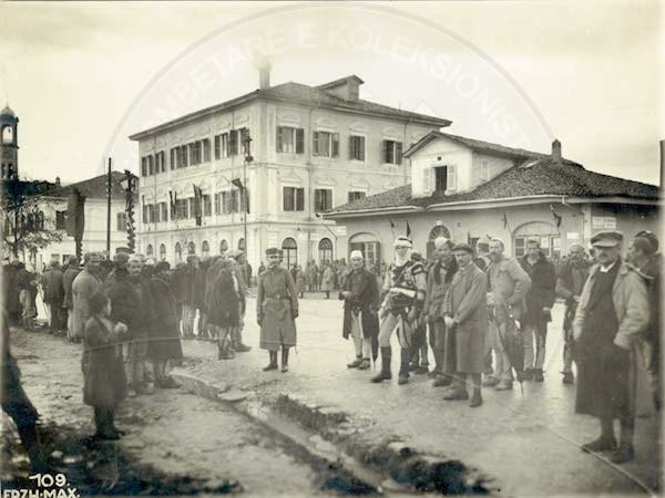 24 Shkurt 1899, lindi në Shkodër dr. Lush Pogu