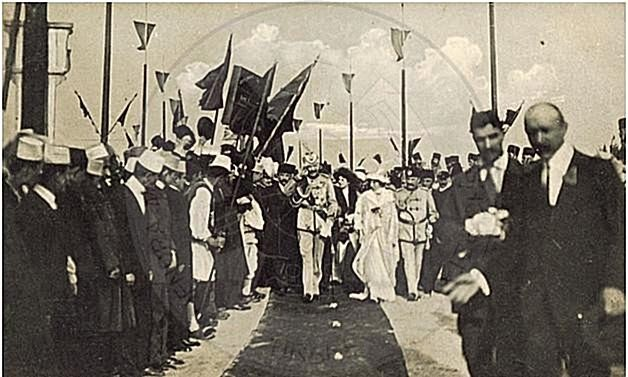 7 March 1914 The Prince Wied arrived in Durrës