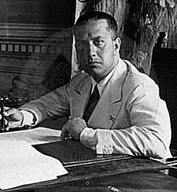 """25 Mars 1939, sekretari i Kontit Ciano i paraqet Zogut """"Projektin për Paktin e Protektoratit"""""""