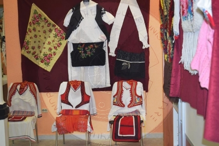 12 June 1994, was opened in Austria the great exhibition of Albanian culture