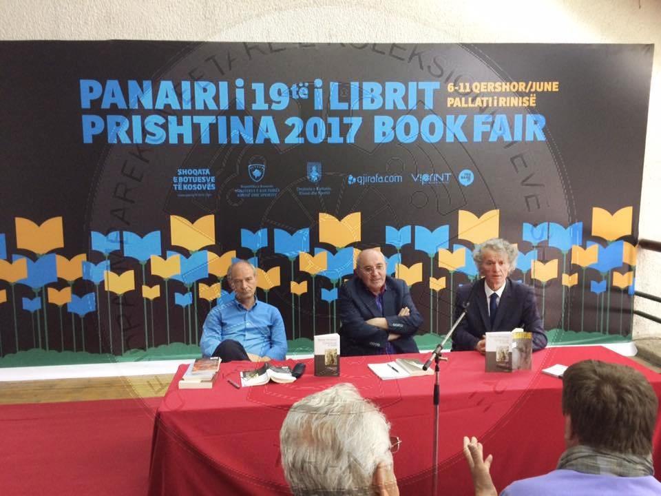 """Panairi i librit në Prishtinë/ Besnik Mustafaj autor i vitit me """"Endrra e doktorit"""""""