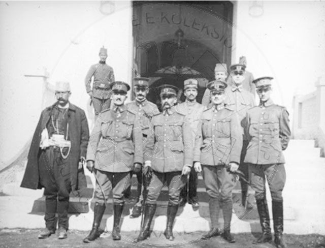 27 June 1914, the British Colonel Filips, entered into talks with the rebels who had been raised against the Government of Durres