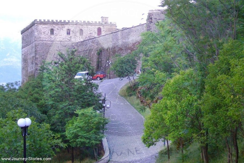 Kalaja e Gjirokastrës e 'riorganizuar'