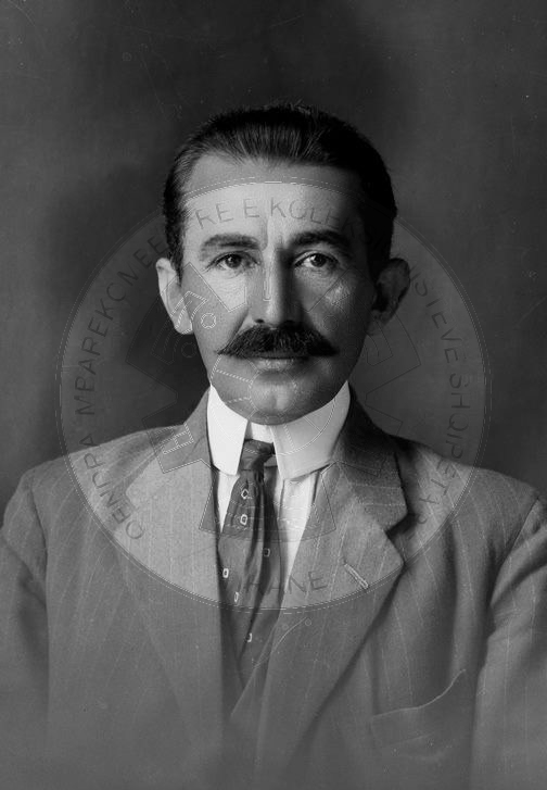 14 August 1933, in Thessaloniki, was shot dead with four bullets in his back Hasan Prishtina