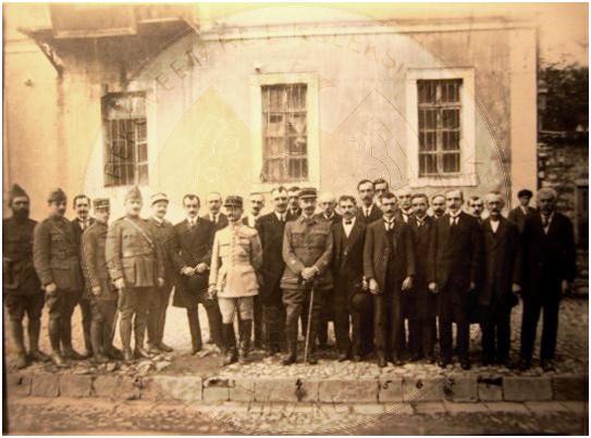 24 Gusht 1919, dekonspirimi i marrëveshjes së fshehtë, midis Francës dhe Greqisë ngjallën revolta midis shqiptarëve