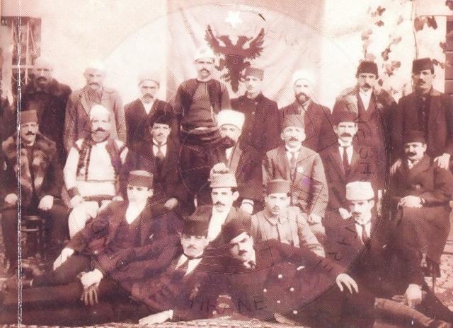 26 Shtator 1924,  Komiteti i Bashkuar i Shqiptarëve, i dërgon përkujtesë Lidhjes së Kombeve; popullsia shqiptare në Jugosllavi po vuan genocid