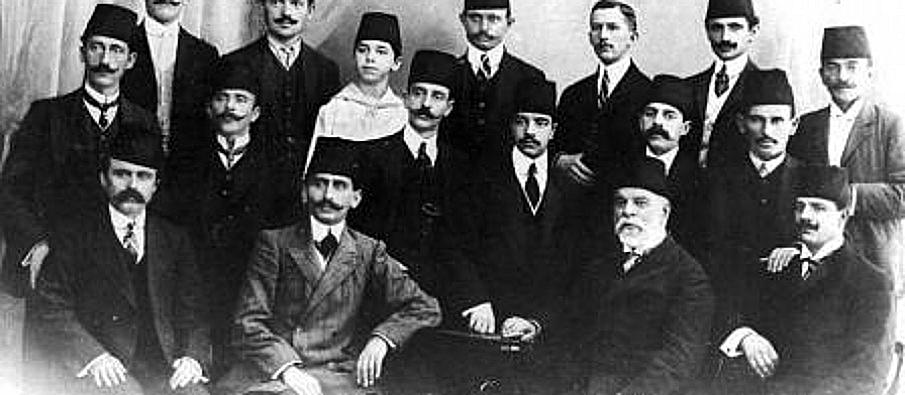 5 May 1913, the Governemt of Vlora starts reforming the reorganization of the judicial system