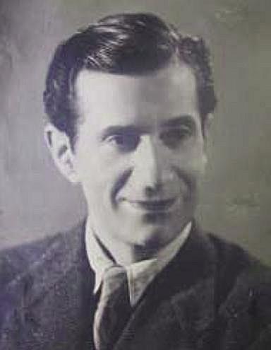 """12 Maj 1937, shoqëria jashtëshkollore e Durrësit dha për publikun dramën patriotike """"Detyra e mëmës"""""""