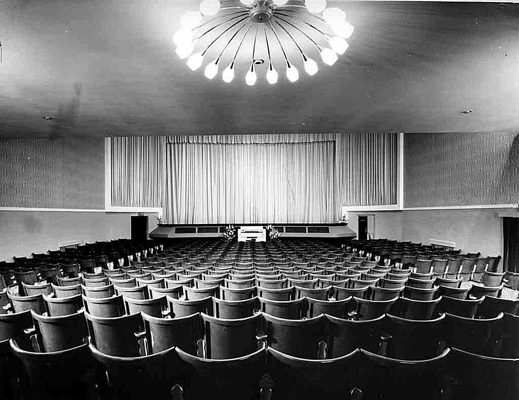 "25 May 1920, was opened  the cinema ""Progress"""