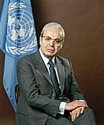 11 Maj 1990, Havier Peres De Kuelar bëri një vizitë zyrtare në Shqipëri