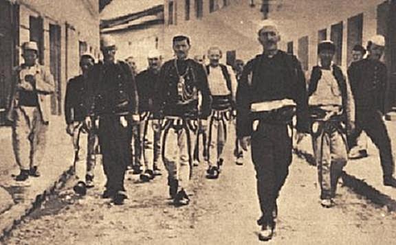 """9 Maj 1912 në fletoren """"Liria e Shqipërisë"""", u botua thirrja e udhëheqësve të kryengritësve kosovarë, Mahmut Zajmit, Bajram Dakolanit, etj"""