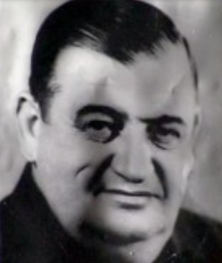 (Shqip) 8 nentor 1909, lindi Mihal Popi, aktor, Artist i Popullit