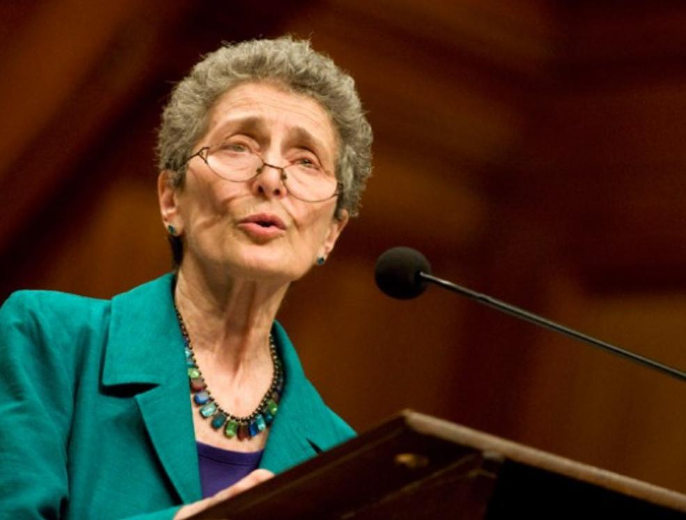 (Shqip) 8 nentor 1928, lindi Davis Natalie (Ann) Zemon, historiane amerikane