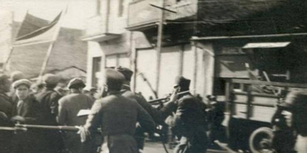 (Shqip) 8 Nëntor 1941, shpertheu demostrata e madhe e bukës në Korçë