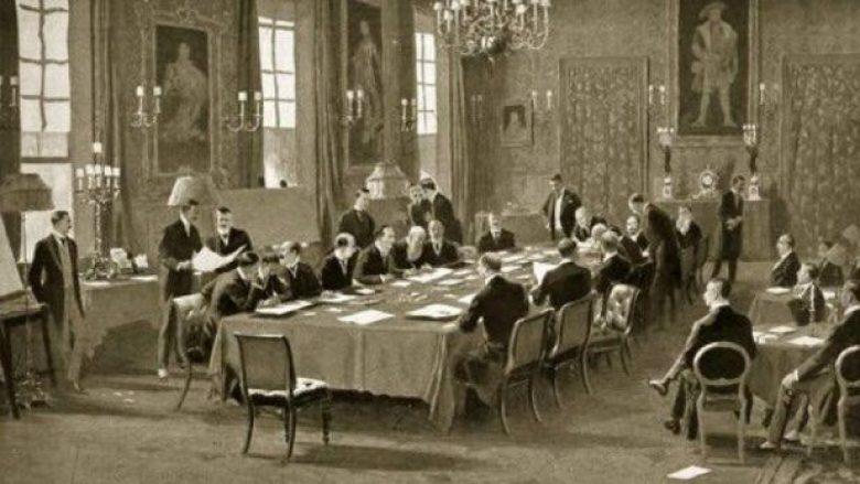 29 korrik 1913, Koferenca e Ambasadoreve ne Londer njohu Shqiperine shtet te pavarur.