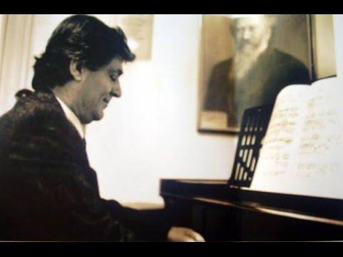 (Shqip) 2 Gusht 1997, vdiq Feim Ibrahimi, kompozitor, pedagog, Artist i Popullit.