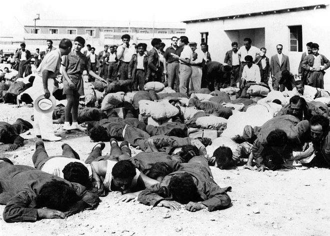 (Shqip) 2 Gusht 1949, Greqia sulmon kufirin Shqiptar.